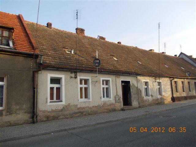 Murowana Goslina domy stare
